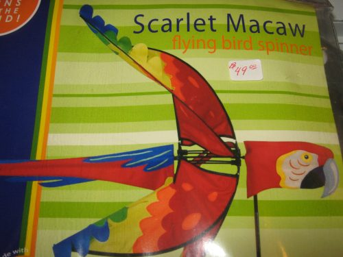 Scarlet Macaw Spinner